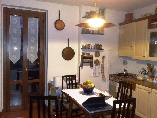 Appartamento in vendita a Vicchio, 4 locali, zona Località: SANTA MARIA A VEZZANO, prezzo € 125.000   Cambio Casa.it