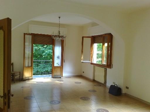 Villa in vendita a Vicchio, 8 locali, zona Località: CAMPAGNA, prezzo € 199.000 | CambioCasa.it
