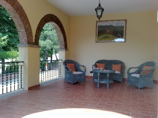 Villa in vendita a Dicomano, 5 locali, zona Zona: Dicomano Campagna, prezzo € 350.000 | Cambio Casa.it
