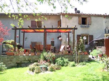 Rustico / Casale in vendita a Borgo San Lorenzo, 4 locali, zona Località: GREZZANO, prezzo € 180.000 | CambioCasa.it