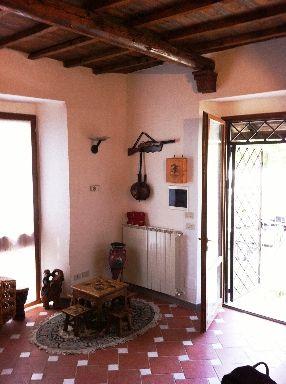 Rustico / Casale in vendita a Vicchio, 4 locali, zona Località: AMPINANA, prezzo € 175.000 | Cambio Casa.it
