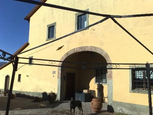 Rustico / Casale in vendita a Dicomano, 5 locali, zona Zona: Dicomano Campagna, prezzo € 180.000 | Cambio Casa.it