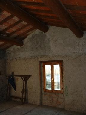 Rustico / Casale in vendita a Borgo San Lorenzo, 5 locali, zona Località: RAZZUOLO, prezzo € 85.000 | CambioCasa.it