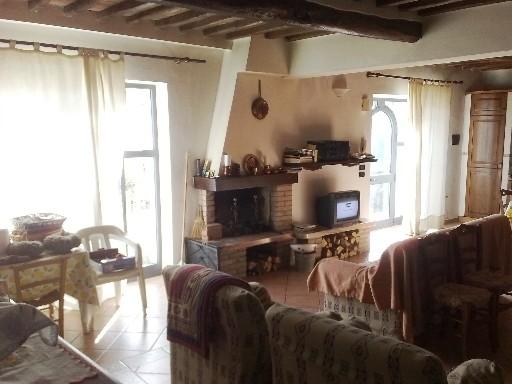 Soluzione Indipendente in vendita a Barberino di Mugello, 5 locali, zona Località: LATERA-S. GIOVANNI, prezzo € 580.000 | Cambio Casa.it