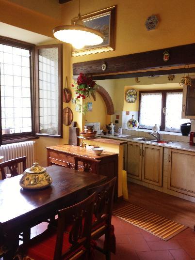 Villa in vendita a Borgo San Lorenzo, 8 locali, zona Località: IMMEDIATE VICINANZE, prezzo € 350.000 | Cambio Casa.it