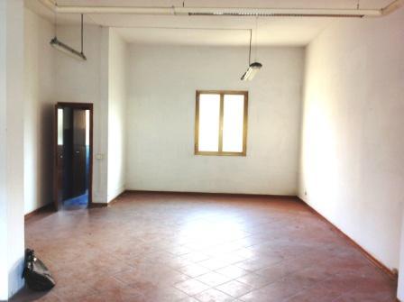 Negozio / Locale in vendita a Vaglia, 1 locali, prezzo € 65.000   Cambio Casa.it