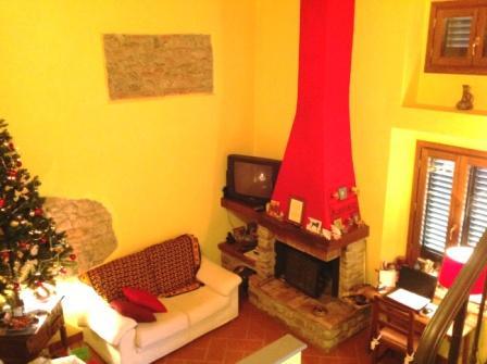 Appartamento in vendita a Borgo San Lorenzo, 6 locali, zona Località: IMMEDIATE VICINANZE, prezzo € 260.000 | Cambio Casa.it