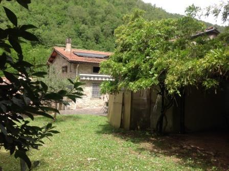 Soluzione Indipendente in vendita a Vicchio, 15 locali, zona Località: CAMPAGNA, prezzo € 290.000 | Cambio Casa.it