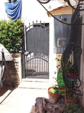 Soluzione Indipendente in vendita a Borgo San Lorenzo, 4 locali, zona Località: IMMEDIATE VICINANZE, prezzo € 183.000 | Cambio Casa.it