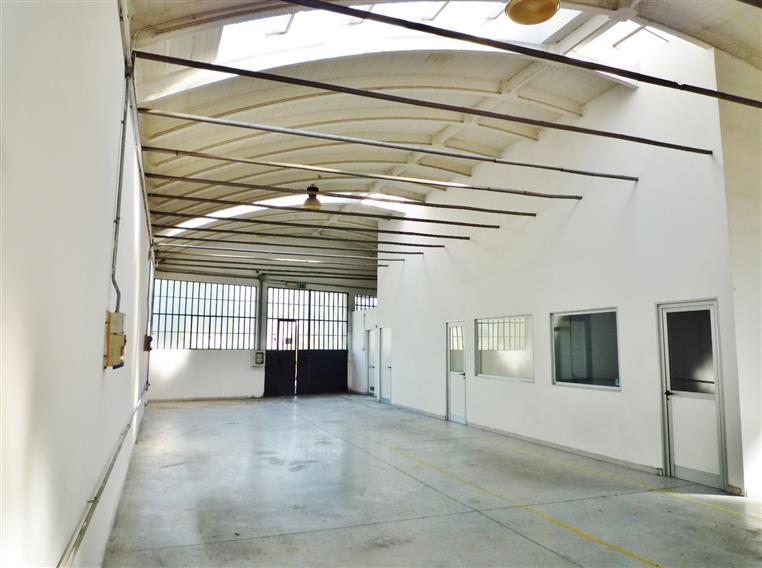 Laboratorio in affitto a Barberino di Mugello, 2 locali, zona Località: PAESE, prezzo € 1.800 | Cambio Casa.it