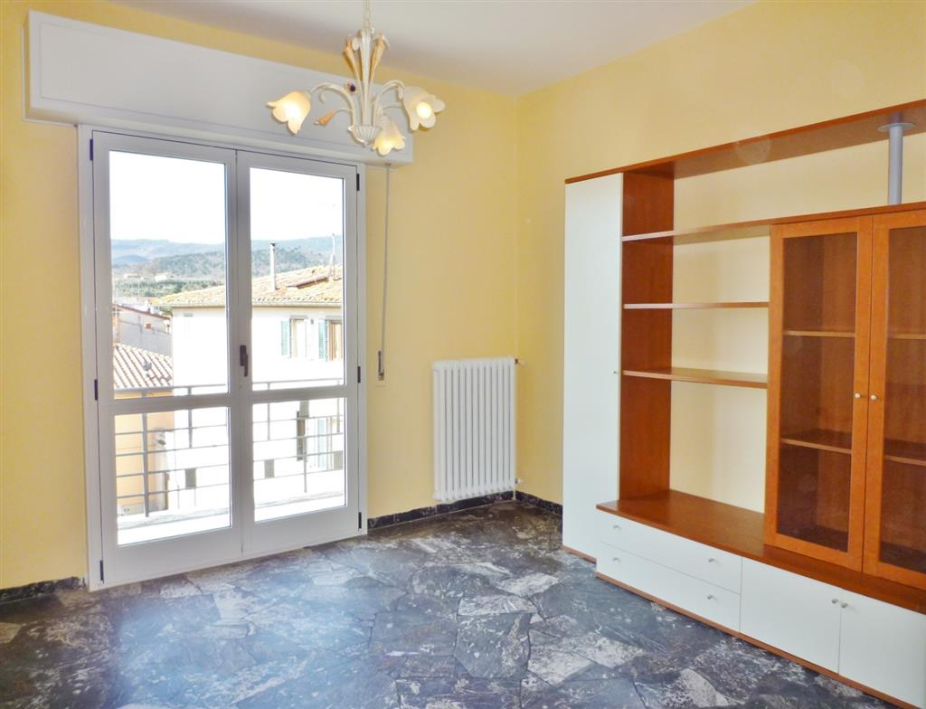 Appartamento in vendita a Barberino di Mugello, 4 locali, zona Località: PAESE, prezzo € 170.000 | Cambio Casa.it