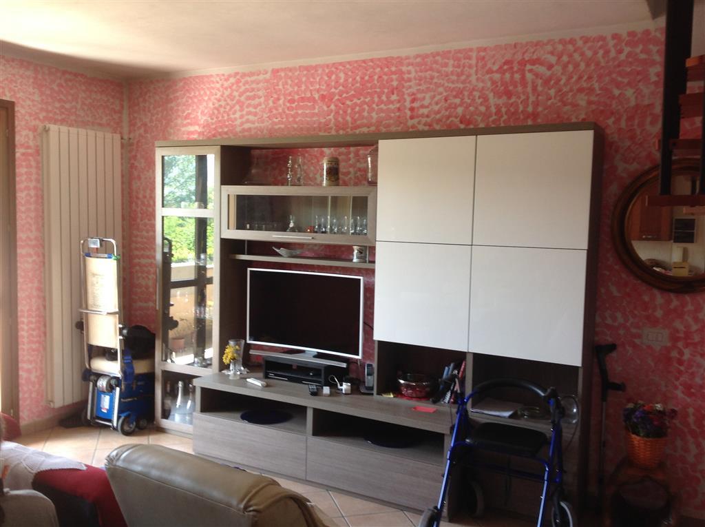 Appartamento in vendita a Vicchio, 5 locali, zona Località: PAESE, prezzo € 190.000   Cambio Casa.it