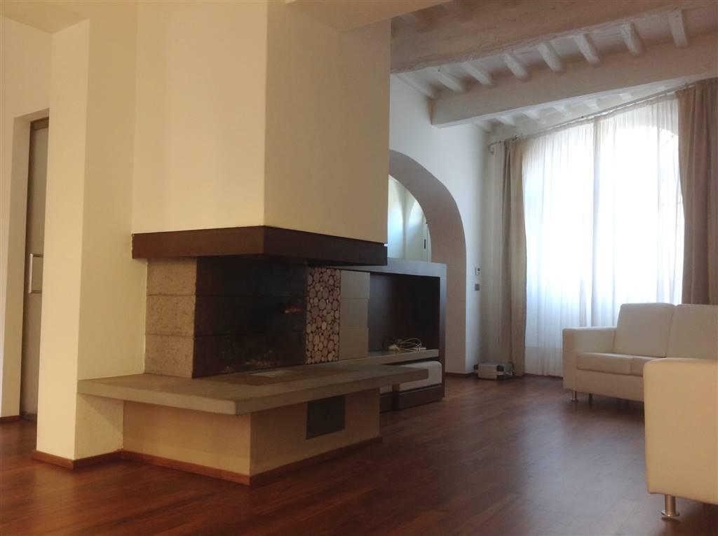 Soluzione Indipendente in vendita a Borgo San Lorenzo, 7 locali, zona Località: PAESE, Trattative riservate | Cambio Casa.it