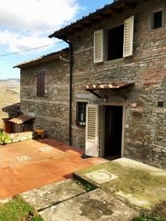 Soluzione Indipendente in affitto a Vicchio, 4 locali, zona Località: PONTE A VICCHIO, prezzo € 400 | Cambio Casa.it