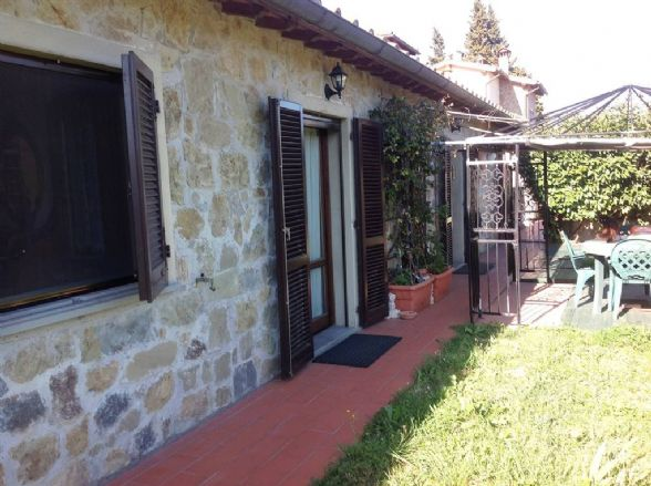 Soluzione Indipendente in vendita a Scarperia e San Piero, 5 locali, prezzo € 350.000   CambioCasa.it