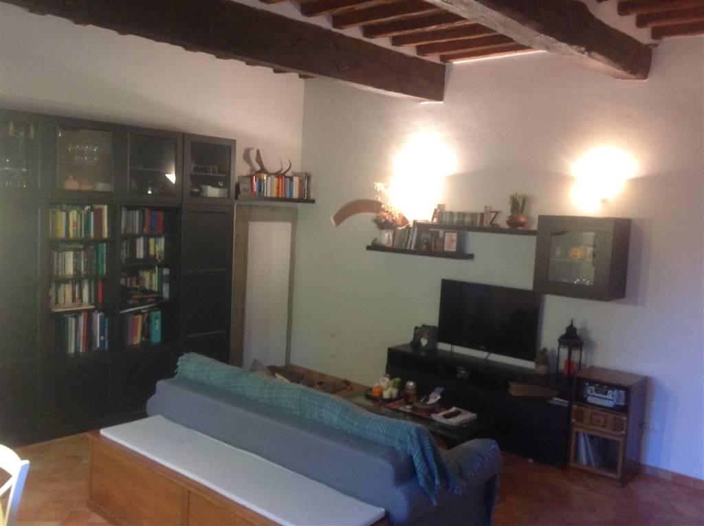 Appartamento in vendita a Scarperia e San Piero, 4 locali, zona Località: PAESE, prezzo € 199.000 | CambioCasa.it