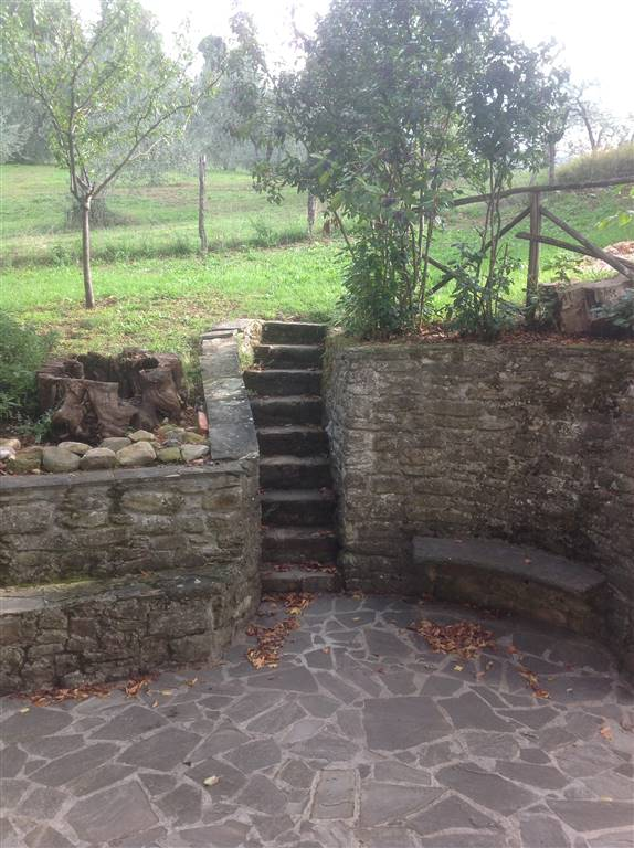 Soluzione Indipendente in Affitto a Borgo San Lorenzo