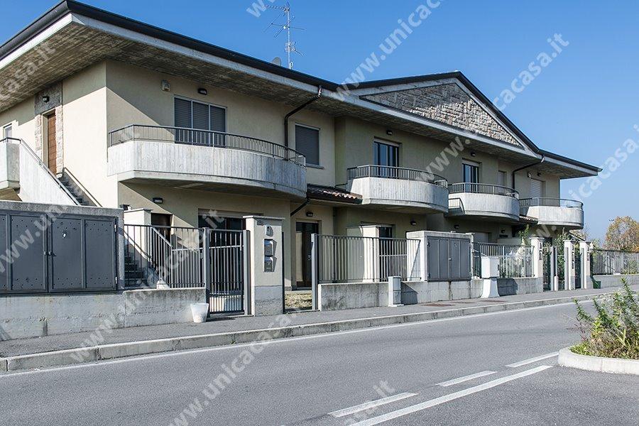 Case verdello compro casa verdello in vendita e affitto for Compro casa bergamo
