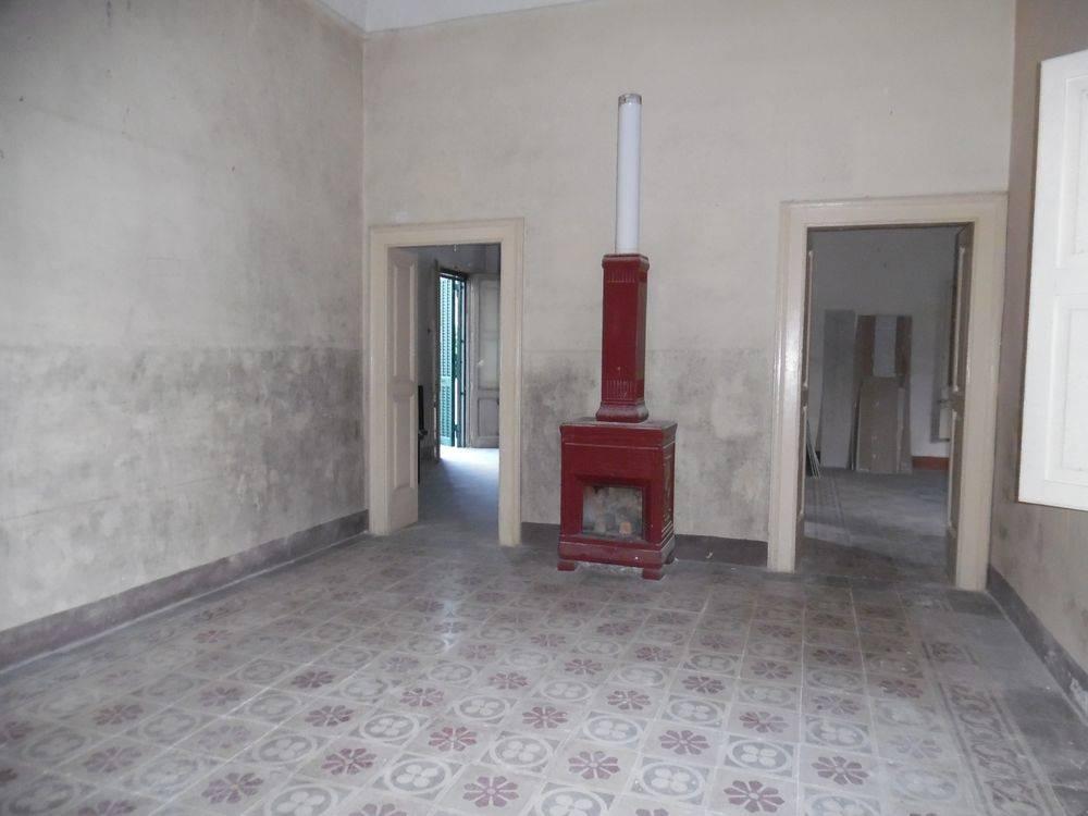 Palazzo-stabile Vendita Casarano