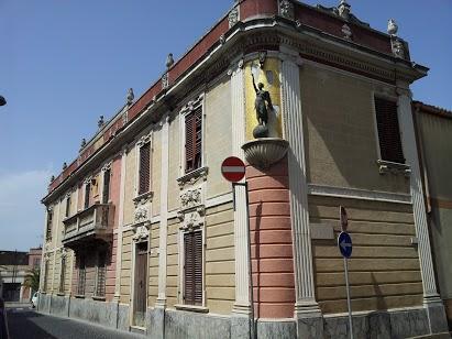 Villa in vendita a Dolianova, 11 locali, prezzo € 199.000 | Cambio Casa.it