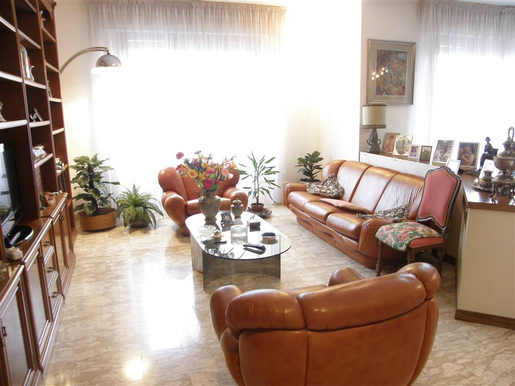 Appartamento in Vendita a Livorno:  5 locali, 180 mq  - Foto 1