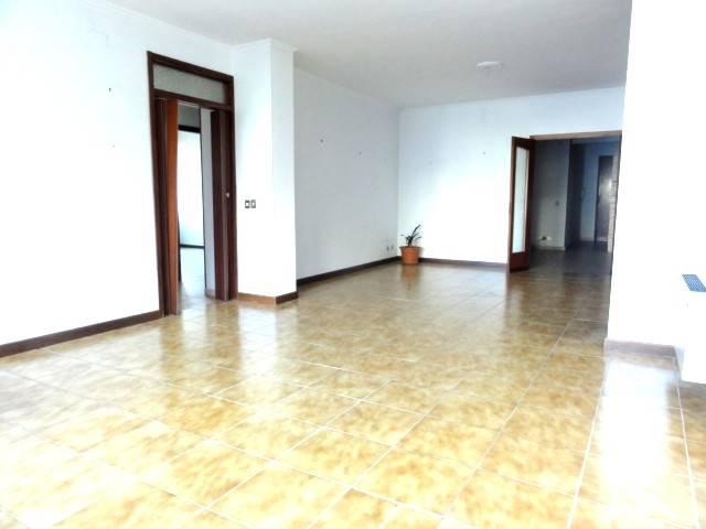 Appartamento in Vendita a Livorno: 5 locali, 150 mq