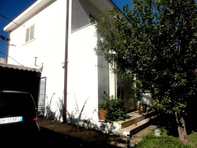 Appartamento MAGENTA € 350.000
