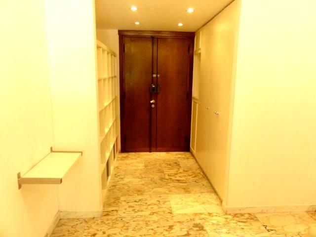 Appartamento CALZABIGI, MAMELI € 530