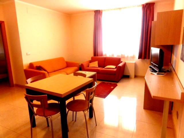 Appartamento PORTA A TERRA € 550