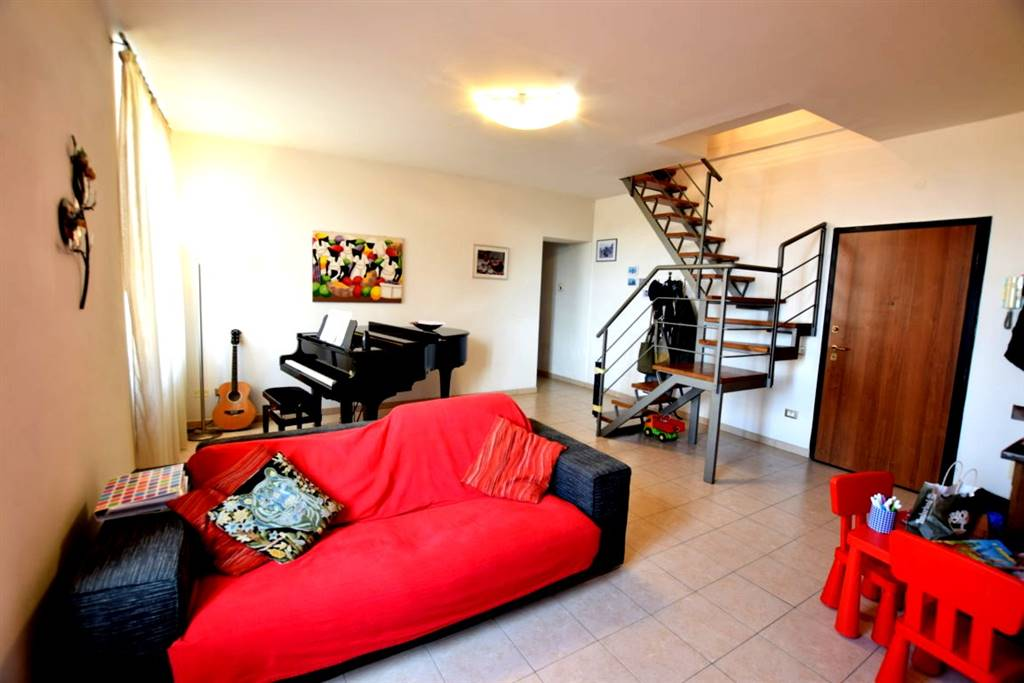 Appartamento CALZABIGI, MAMELI € 215.000