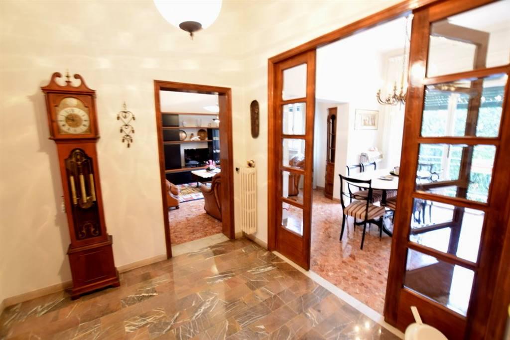 Appartamento CALZABIGI, MAMELI € 270.000