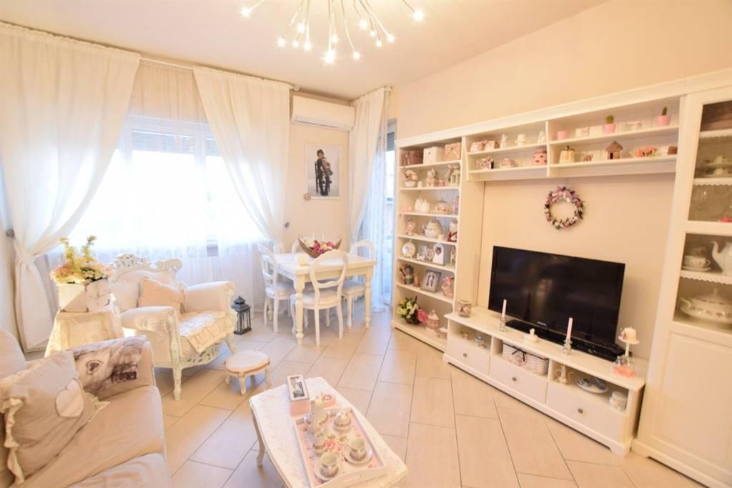 Appartamento in Vendita a Livorno: 3 locali, 90 mq