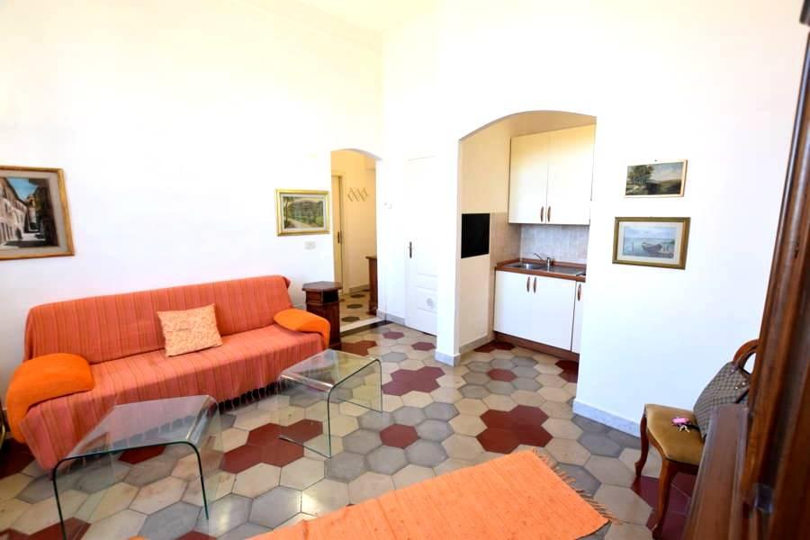 Appartamento in Affitto a Livorno: 2 locali, 45 mq