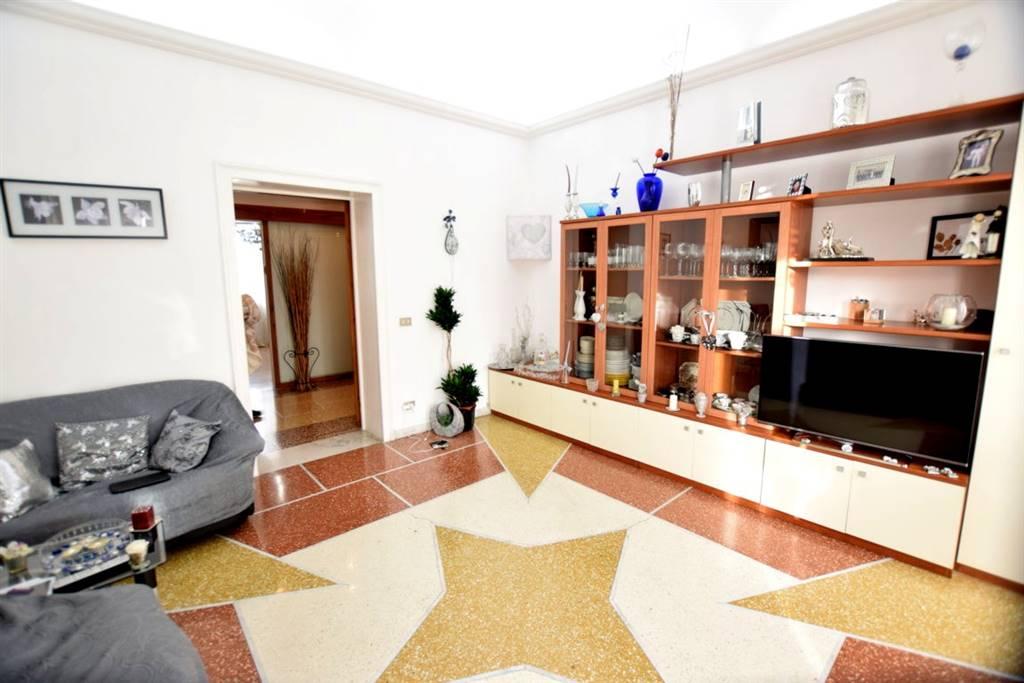 Appartamento in Vendita a Livorno:  4 locali, 110 mq  - Foto 1