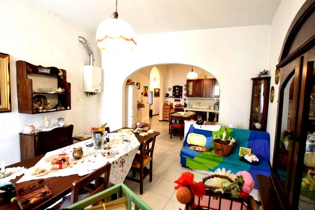 Appartamento CENTRO € 180.000
