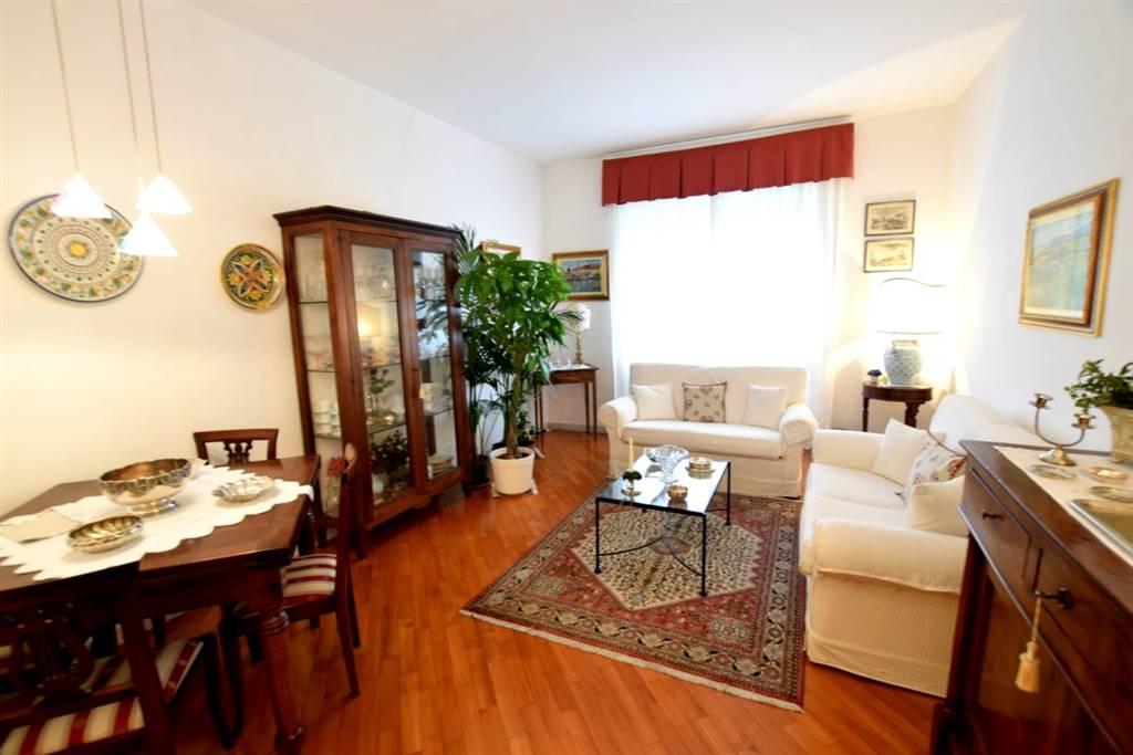 Appartamento in Vendita a Livorno: 4 locali, 110 mq