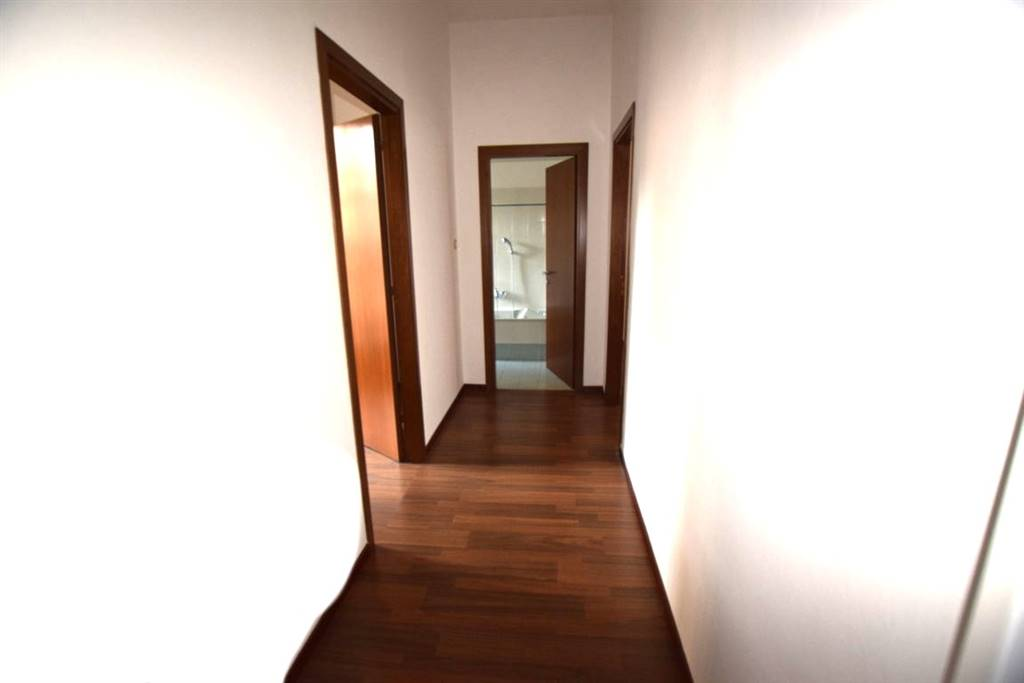 Ufficio PIAZZA GRANDE, DUOMO - Foto 6