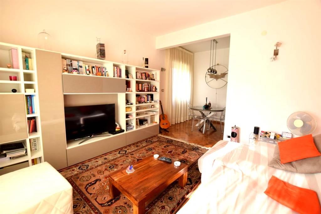 Appartamento in Vendita a Livorno: 2 locali, 82 mq