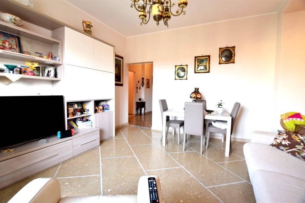 Appartamento in Vendita a Livorno: 4 locali, 105 mq