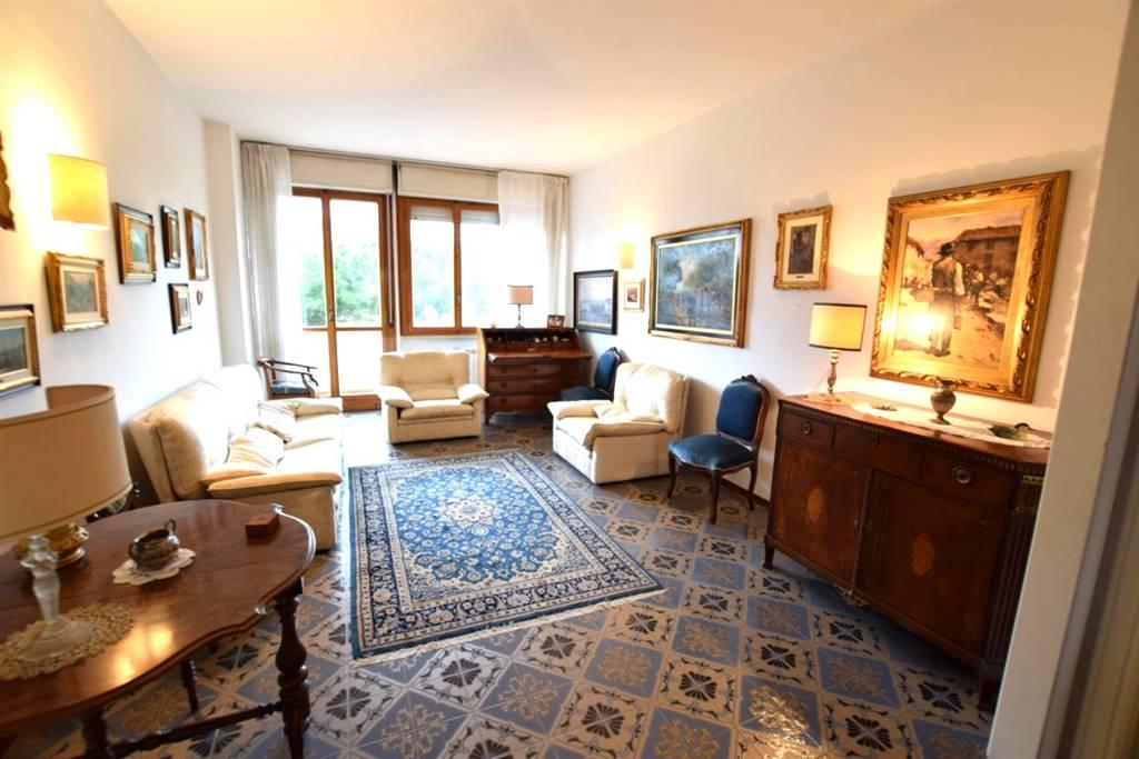 Appartamento in Vendita a Livorno: 3 locali, 115 mq