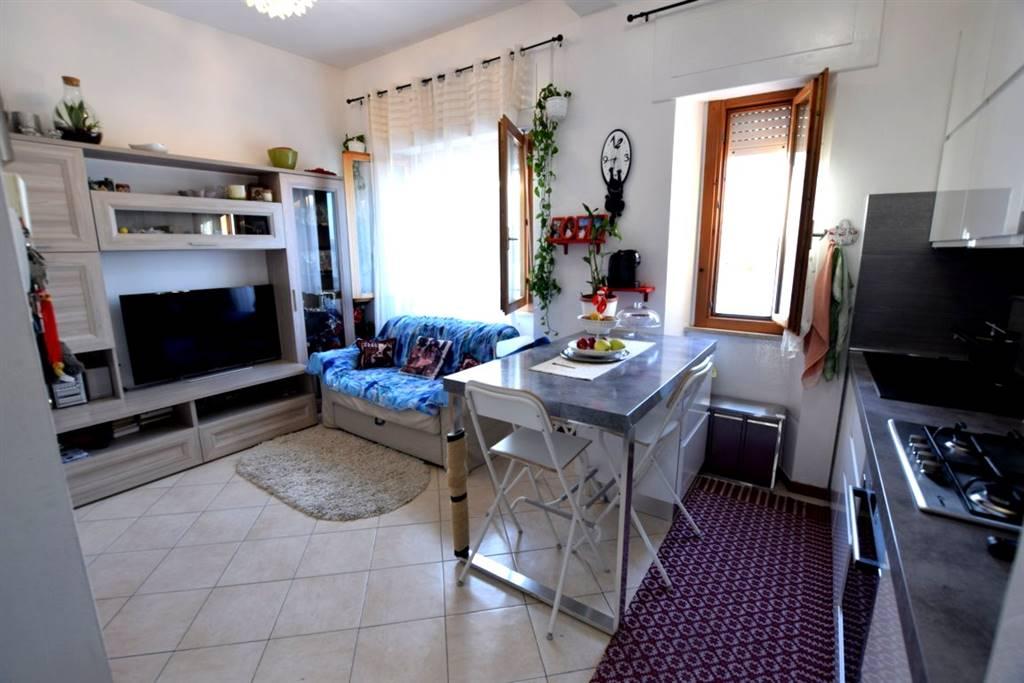 Appartamento in Vendita a Livorno: 3 locali, 64 mq