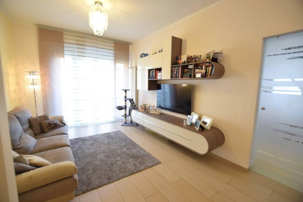 Appartamento in Vendita a Livorno: 4 locali, 130 mq