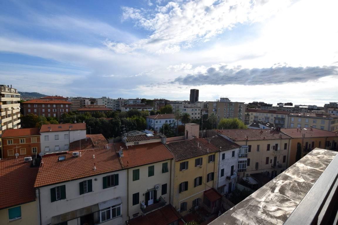 Appartamento in Vendita a Livorno: 3 locali, 70 mq
