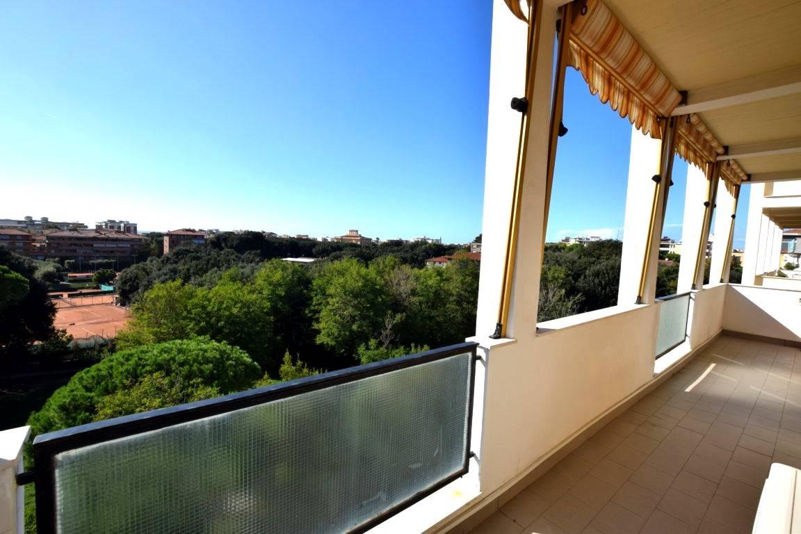 Appartamento in Vendita a Livorno: 5 locali, 120 mq