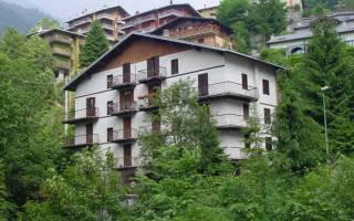 Appartamento in vendita a Branzi, 3 locali, prezzo € 88.000 | CambioCasa.it
