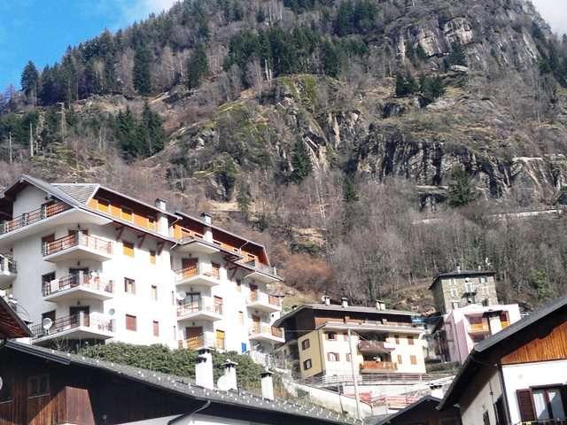 Appartamento in vendita a Branzi, 3 locali, prezzo € 125.000 | CambioCasa.it