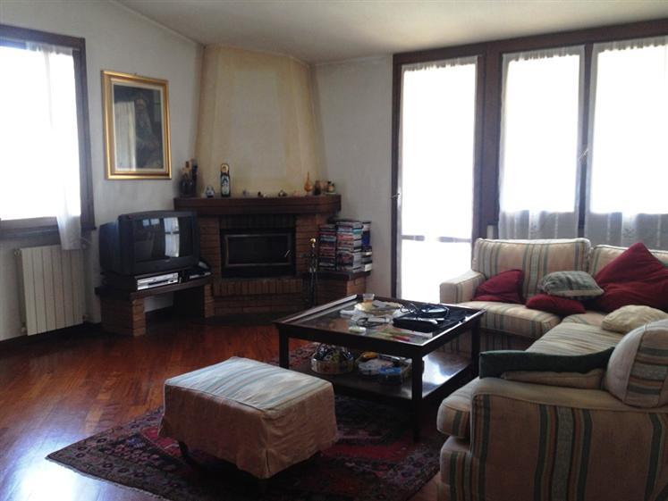 Appartamento in vendita a Foppolo, 4 locali, prezzo € 150.000 | CambioCasa.it