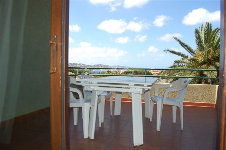 Appartamento in vendita a Palau, 4 locali, prezzo € 295.000 | CambioCasa.it