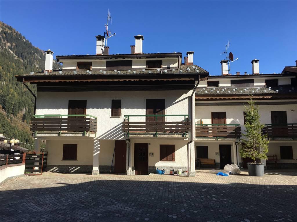 Appartamento in vendita a Valleve, 2 locali, zona Località: CAMBREMBO, prezzo € 45.000 | CambioCasa.it