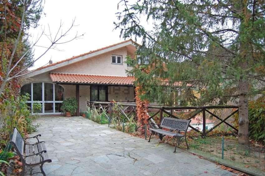 Villa-Villetta  in Vendita a Savona